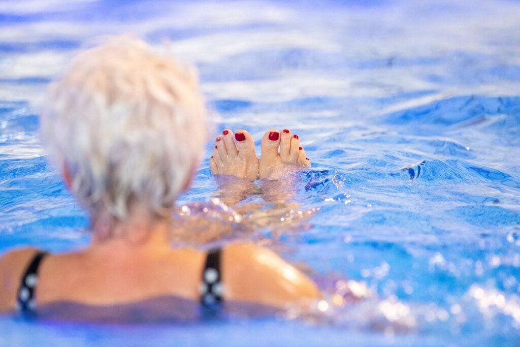 Dameszwemmen